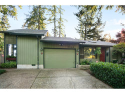 Photo of 4326 SW ARNOLD ST, Portland, OR 97219 (MLS # 20433686)