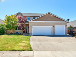 Photo of 782 MEADOWLAWN PL, Molalla, OR 97038 (MLS # 20445890)