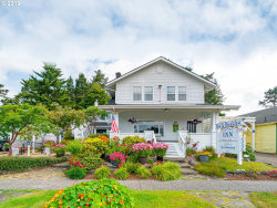 Photo of 1155 BAY ST, Florence, OR 97439 (MLS # 20445973)