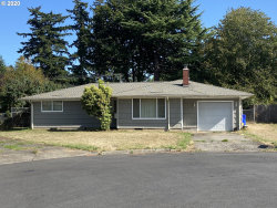 Photo of 18044 SE PERSHING CT, Portland, OR 97236 (MLS # 20452201)