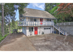 Photo of 902 SOUTH HILL DR, Reedsport, OR 97467 (MLS # 20454955)