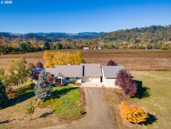 Photo of 512 NORTH CURRY RD, Roseburg, OR 97471 (MLS # 20456458)