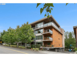 Photo of 7910 SW 31ST AVE , Unit 402, Portland, OR 97219 (MLS # 20468646)