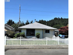 Photo of 2125 FIR AVE, Reedsport, OR 97467 (MLS # 20475093)