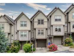 Photo of 2610 S WATER AVE, Portland, OR 97201 (MLS # 20489696)
