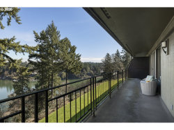 Photo of 16200 PACIFIC HWY , Unit 15, Lake Oswego, OR 97034 (MLS # 20494915)