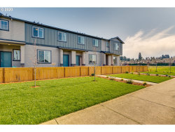 Photo of 2134 NE FOUR SEASONS LN , Unit 185, Vancouver, WA 98684 (MLS # 20496142)