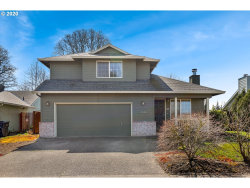 Photo of 1330 MEADOWLAWN PL, Molalla, OR 97038 (MLS # 20503923)