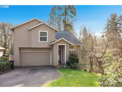 Photo of 13826 CANYON CT, Oregon City, OR 97045 (MLS # 20518871)