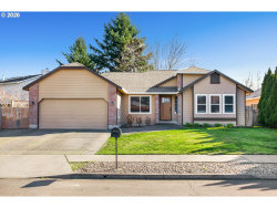 Photo of 3400 SE BLAKE PL, Troutdale, OR 97060 (MLS # 20519654)