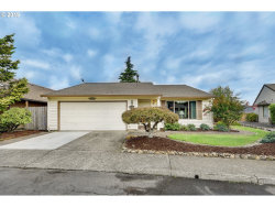 Photo of 14867 NE TILLAMOOK ST, Portland, OR 97230 (MLS # 20520702)