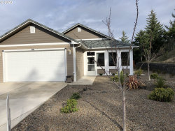 Photo of 1987 34TH ST, Florence, OR 97439 (MLS # 20523279)