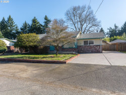 Photo of 2736 SE 153RD AVE, Portland, OR 97236 (MLS # 20526368)