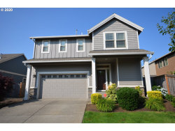 Photo of 12430 ROGUE RIVER WAY, Oregon City, OR 97045 (MLS # 20534646)