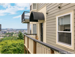 Photo of 330 NW UPTOWN TER , Unit 2A, Portland, OR 97210 (MLS # 20541958)