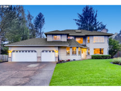 Photo of 13998 WESTCOTT CT, Lake Oswego, OR 97035 (MLS # 20550538)