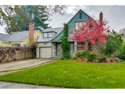 Photo of 236 NW 9TH ST, McMinnville, OR 97128 (MLS # 20558765)
