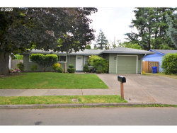 Photo of 3940 SE 134TH AVE, Portland, OR 97236 (MLS # 20563248)