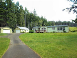 Photo of 68315 ARAWANA RD, North Bend, OR 97459 (MLS # 20566078)