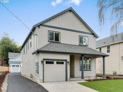 Photo of 133 SE 55TH AVE, Portland, OR 97215 (MLS # 20568766)