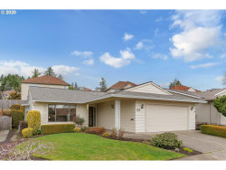 Photo of 10695 SW HIGHLAND DR, Tigard, OR 97224 (MLS # 20586311)