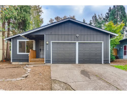 Photo of 9318 SW 51ST AVE, Portland, OR 97219 (MLS # 20594165)