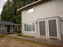Photo of 14655 SW 76th AVE , Unit 12, Tigard, OR 97224 (MLS # 20594730)