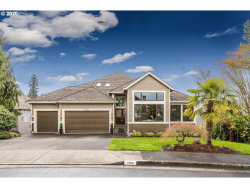 Photo of 2366 FALCON DR, West Linn, OR 97068 (MLS # 20599157)