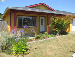 Photo of 848 10TH ST SW, Bandon, OR 97411 (MLS # 20609285)