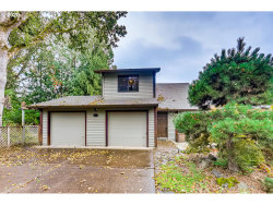 Photo of 242 SW Meadow DR, Beaverton, OR 97006 (MLS # 20611590)