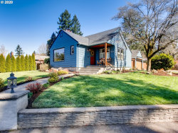 Photo of 10008 SW 56TH AVE, Portland, OR 97219 (MLS # 20635828)