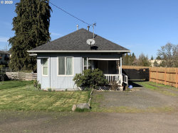 Photo of 2332 E WHITEAKER AVE, Cottage Grove, OR 97424 (MLS # 20640952)