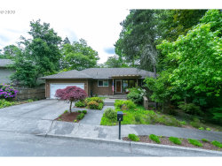 Photo of 5 WESTMINSTER DR, Lake Oswego, OR 97034 (MLS # 20649469)