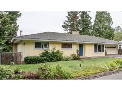 Photo of 8821 SW 57TH AVE, Portland, OR 97219 (MLS # 20654605)