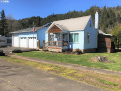 Photo of 558 DIVISION AVE, Drain, OR 97435 (MLS # 20661856)
