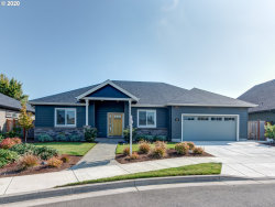 Photo of 812 HAMILTON ST, Springfield, OR 97477 (MLS # 20678894)