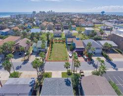 Photo of 113 E Esperanza St., South Padre Island, TX 78597 (MLS # 91905)