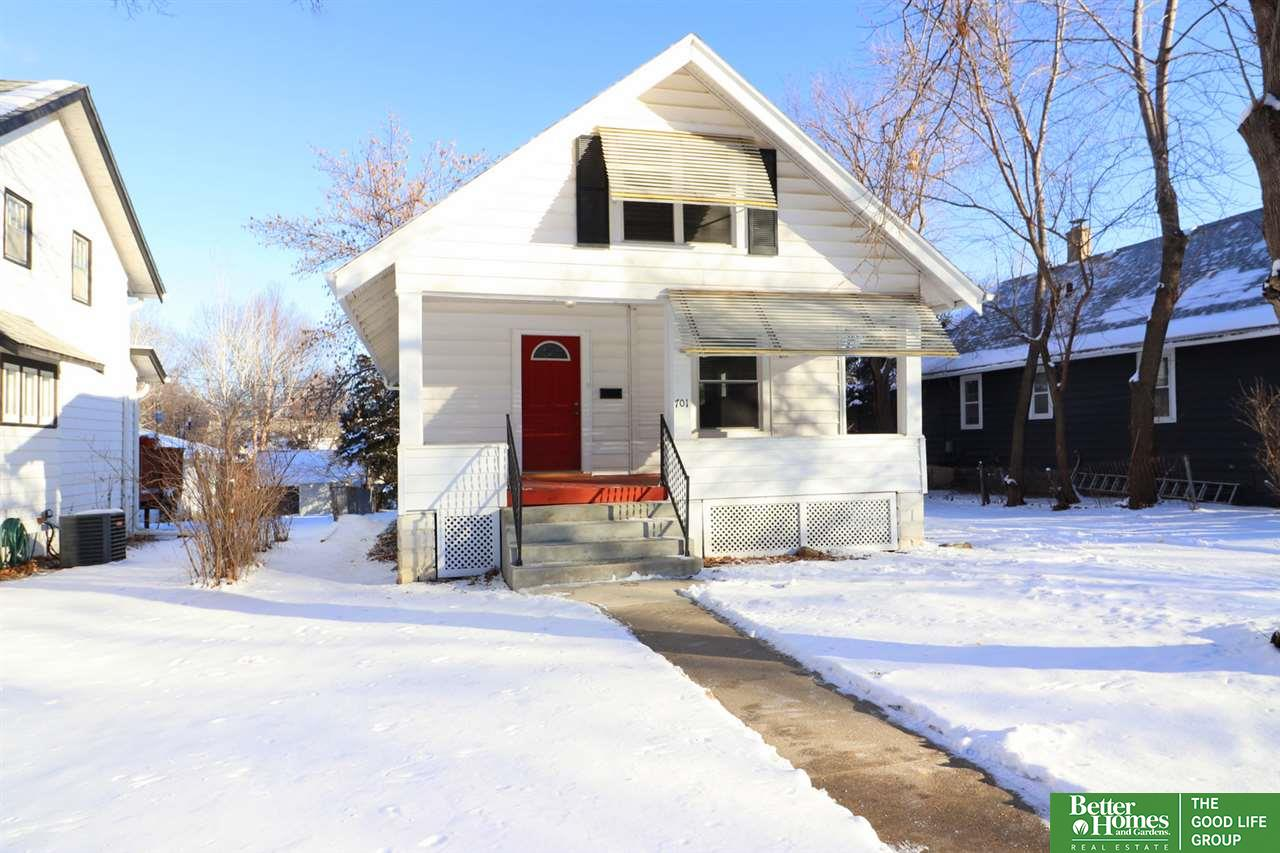 Photo for 701 S 51st Avenue, Omaha, NE 68106 (MLS # 21901104)