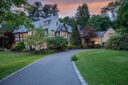 Photo of 1 Fawn Circle, Bedford, MA 01730 (MLS # 72513189)