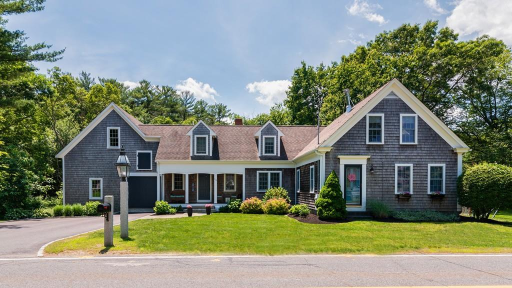 Photo for 19 Plymouth St, Pembroke, MA 02359 (MLS # 72528053)