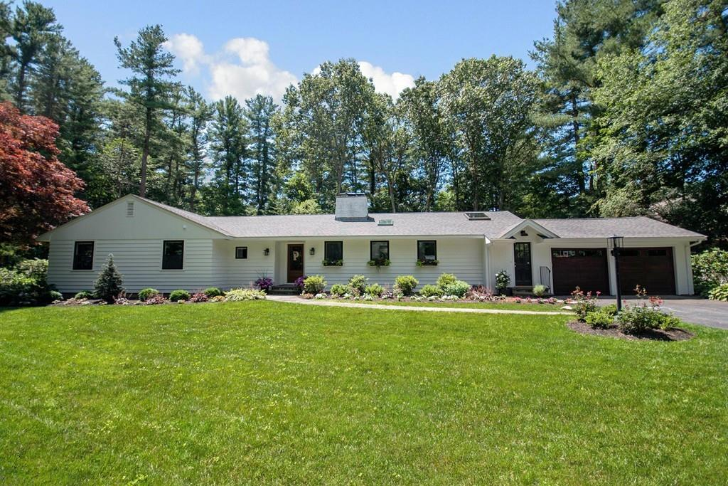 Photo for 19 Fairview Road, Weston, MA 02493 (MLS # 72535202)