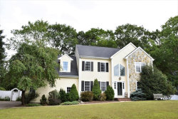 Photo of 14 Cobbler Rd, Mansfield, MA 02048 (MLS # 72554092)