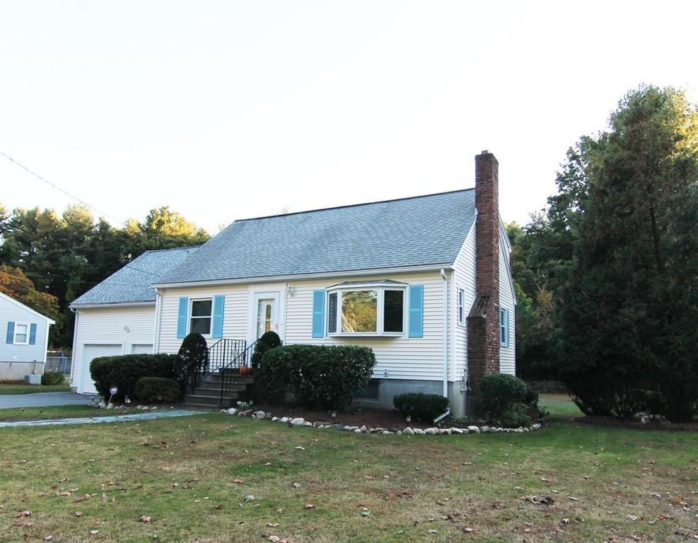 Photo for 179 South Road, Bedford, MA 01730 (MLS # 72580691)