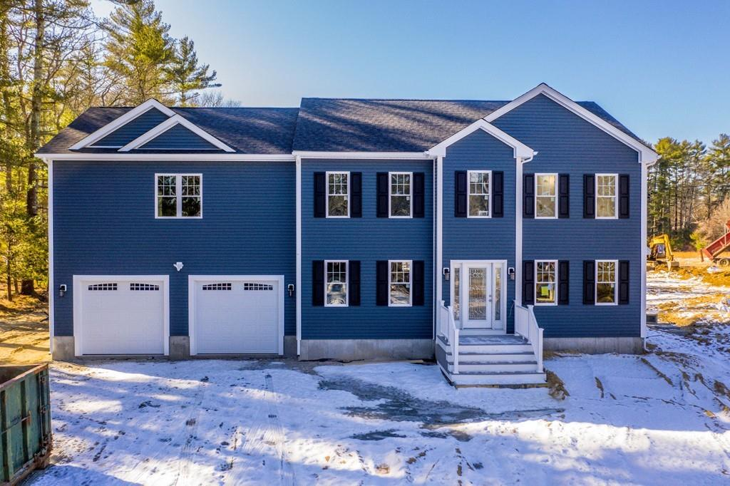 Photo for 404 Chase Road, Dartmouth, MA 02747 (MLS # 72611810)