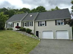 Photo of 1 Highview Drive, Plainville, MA 02762 (MLS # 72628379)