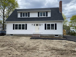 Photo of 7 Pine Grove Ave., Woburn, MA 01801 (MLS # 72637896)