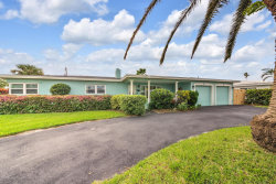 Photo of 415 Glenwood Avenue, Satellite Beach, FL 32937 (MLS # 798626)