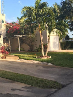 Photo of 39 Emerald Court, Satellite Beach, FL 32937 (MLS # 805359)