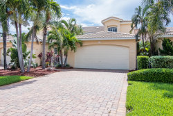 Photo of 506 Island Court, Indian Harbour Beach, FL 32937 (MLS # 818410)