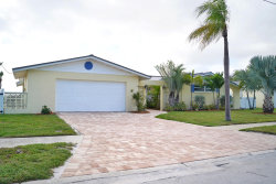 Photo of 525 W Gateway Court, Merritt Island, FL 32952 (MLS # 857954)